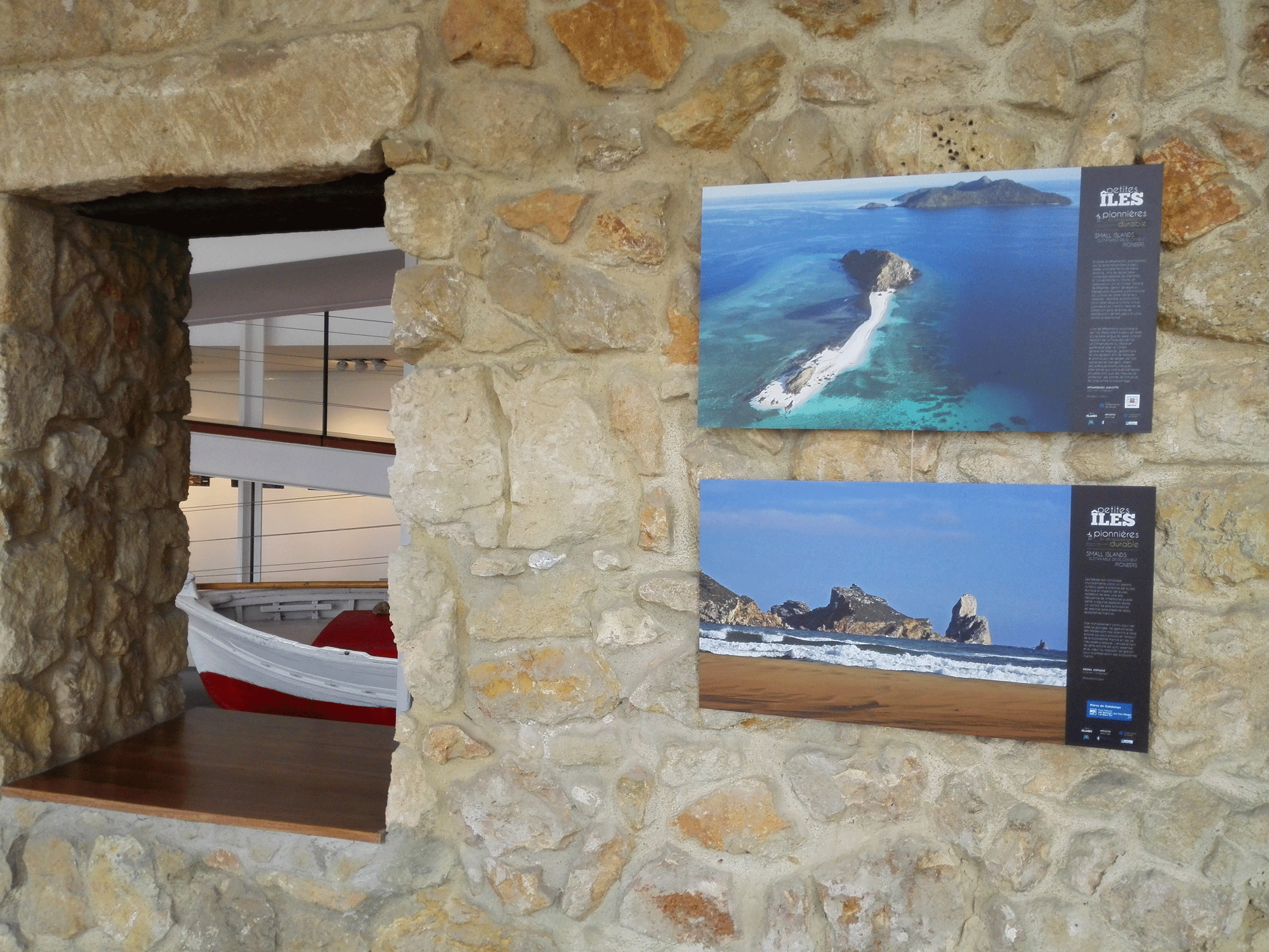 ILLES DEL MON, photo exhibition !  303