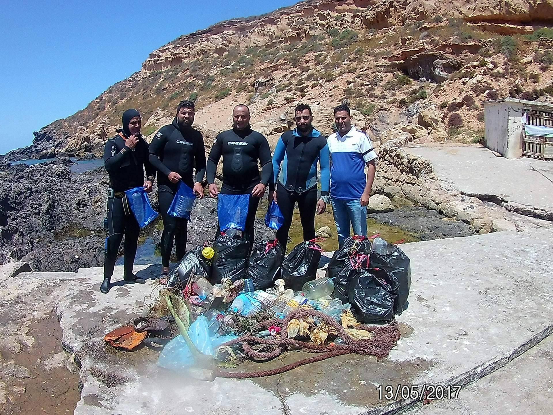 Nettoyage des fonds de l'ile Rechgoun !  308