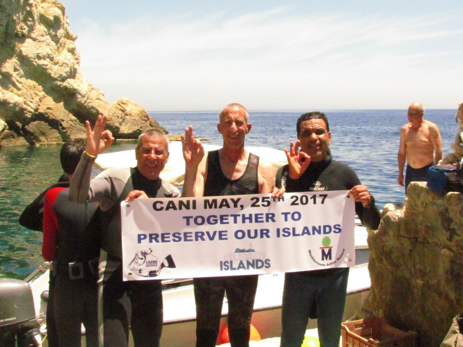 Les îles Cani à l'honneur !  329