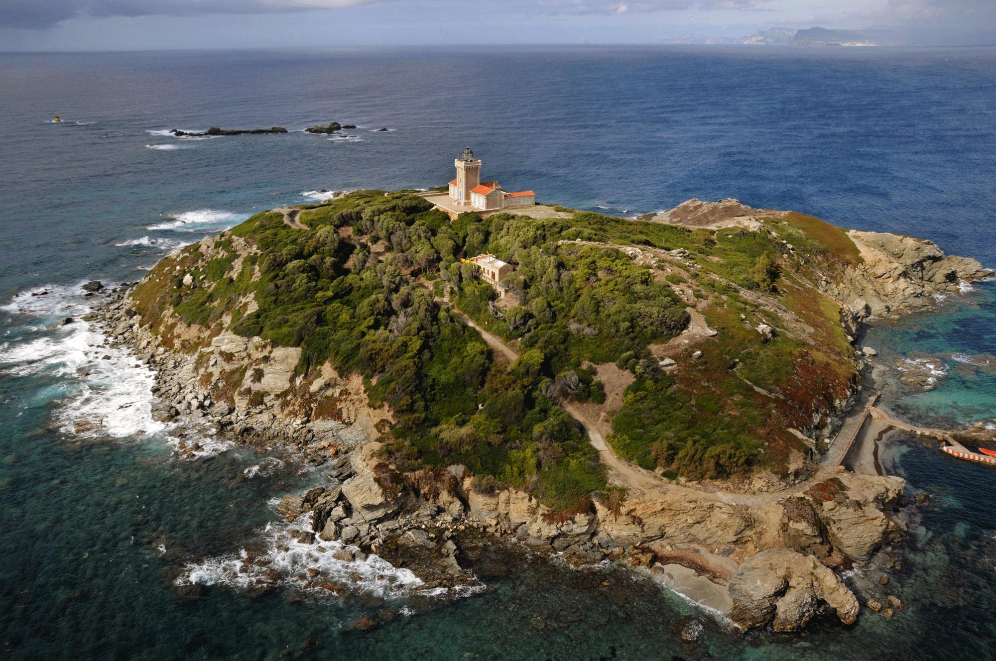Cap sur l'île du Grand-Rouveau : expositions et conférence 192